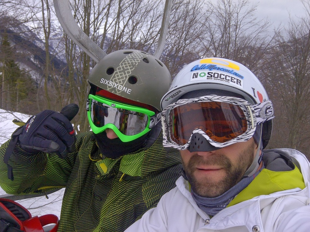 Sulla funivia Scopello Alpe di Mera per una giornata di snowboard in compagnia