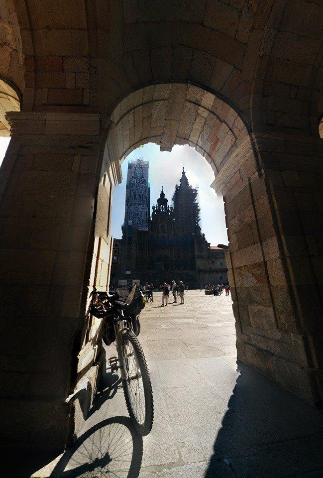 cammino de santiago cicloturismo in bicicletta in spagna santiago de campostela