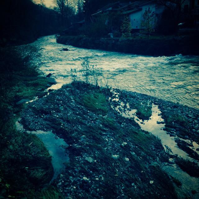 mtb valle olona fiume in piena piogge torrenziali castiglione olona