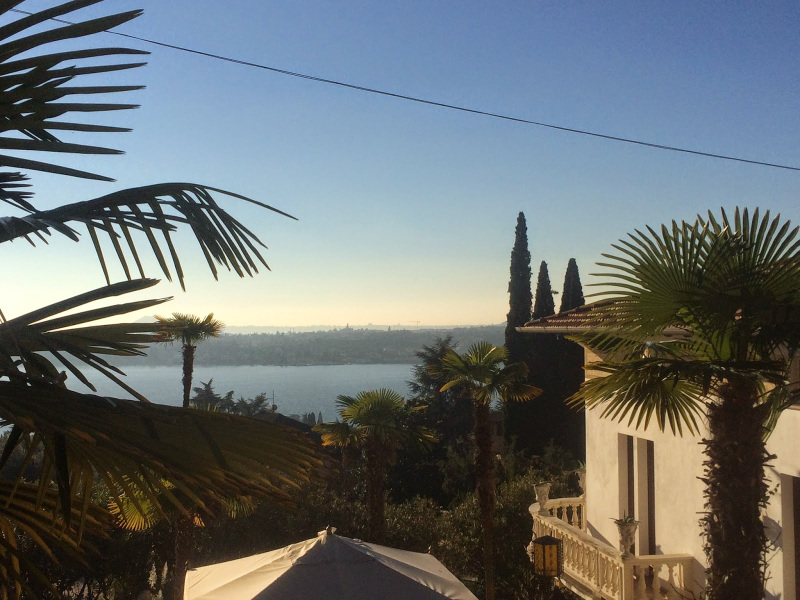 vista camera hotel sul lago gardone riviera