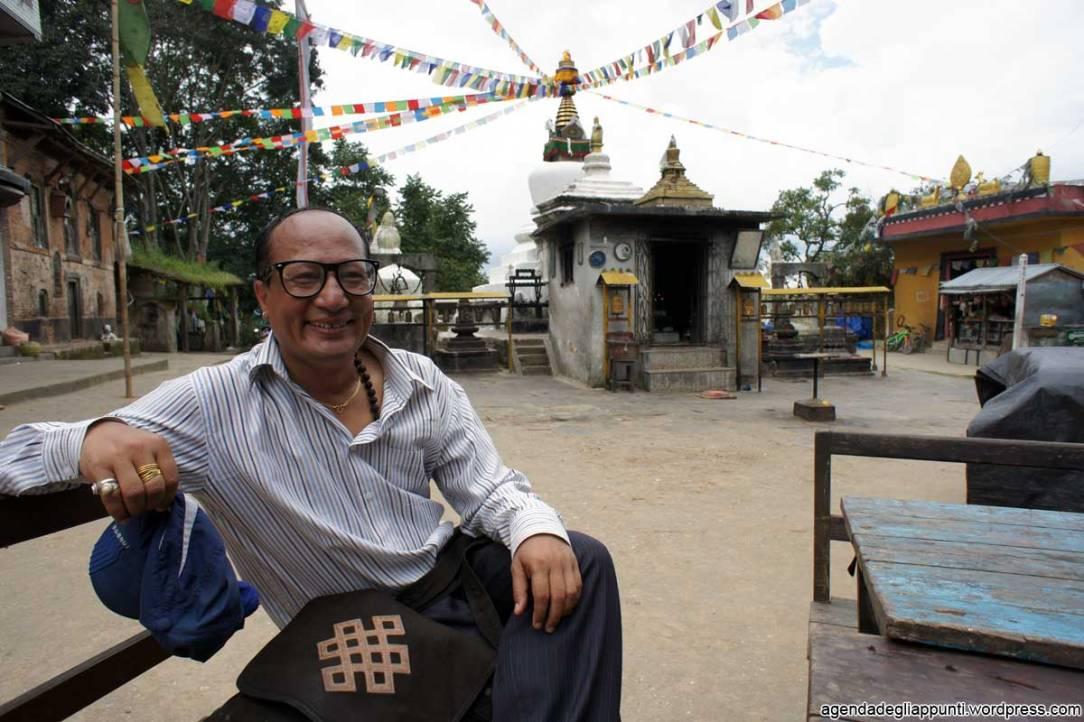 il-nostro-amico-carlo-dopo-la-camminata-da-panauti-a-namobuddha-nepal