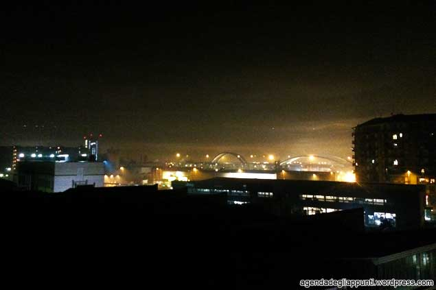 fuochi d'artificio milano capodanno nebbia
