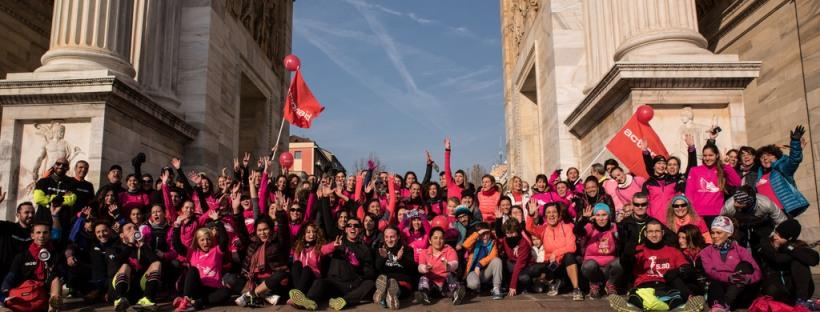 foto di gruppo per i partecipanti a WIRun la corsa di Action AID e Acqua Chiarella per combattere la violenza domestica sulle donne