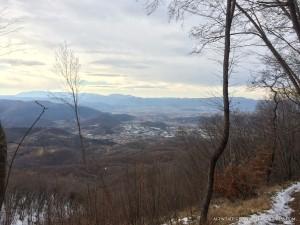 Vista di santa rufina in provincia di rieti scattata da uno dei sentieri che si possono utilizzare per salire o scendere dal monte terminillo