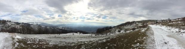 Panoramica. su Santa Rufina e Cittaducale. In lontananza, alla fine della strada, il Casale d'Antoni