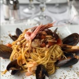tagliolini di mare con bottarga primi piatti menù terrazza manzotti chef mauro civiero
