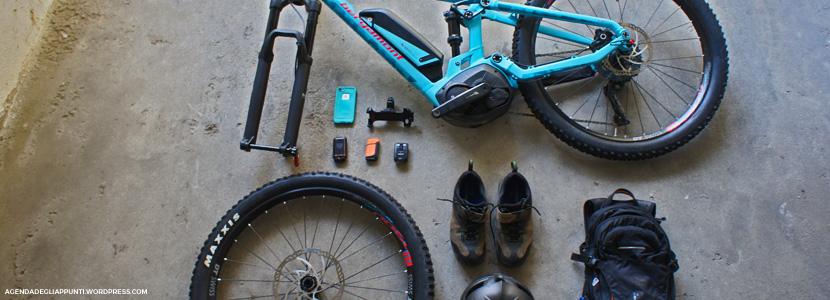 weekend agriturismo turina bricherasio in bicicletta con la eMTB Bergamont e-trailster inseparabili toscani ormai sempre al seguito come la custodia ed il supporto manubrio lifeproof per iphone