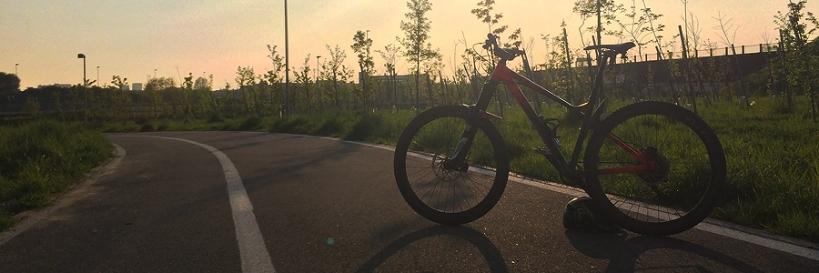 condividere la felicita in sella alla bicicletta scoprire piste ciclabili milano