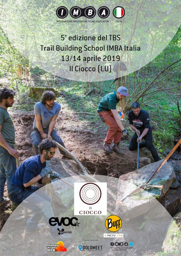 imparare a costruire sentieri per mountain bike al ciocco con imba trail building school