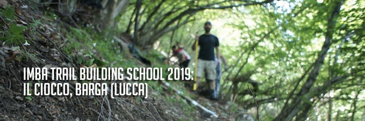 imparare a costruire sentieri per mountain bike al ciocco imba trail building school