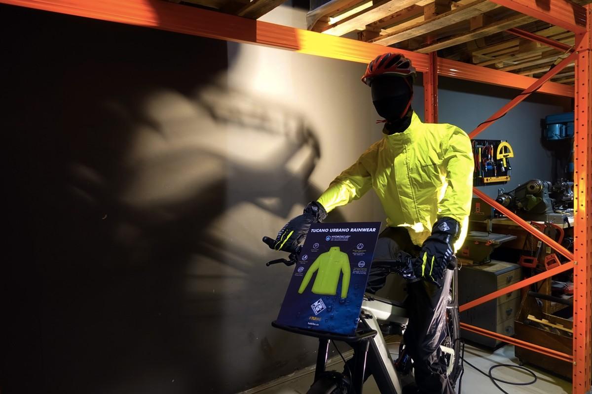 giacca antipioggia bicicletta tucano urbano