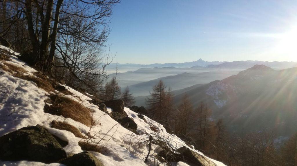 Colle del Lys, Piemonte. Foto panoramica sulla val di Susa e Monviso