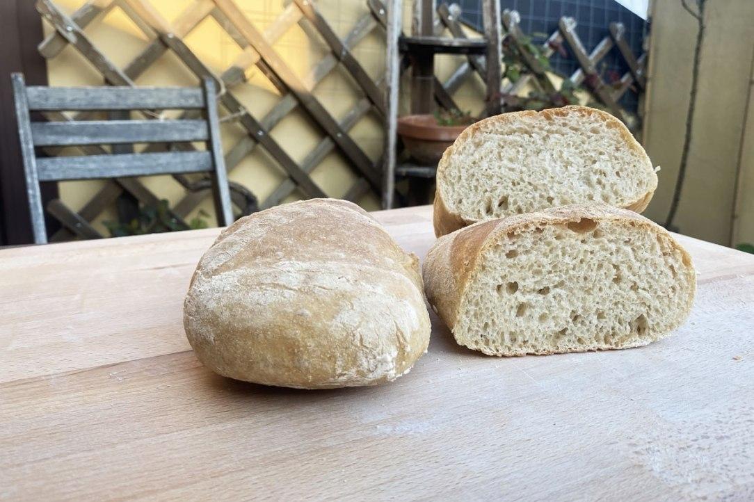 pane bianco toscano fatto in casa