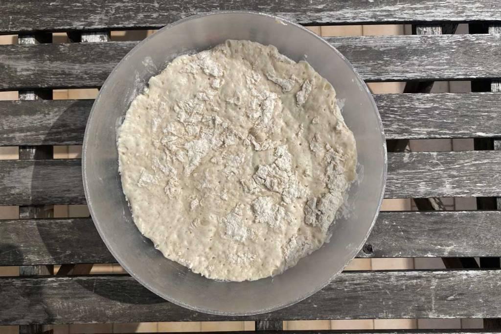 impasto pane fatto in casa lievitato