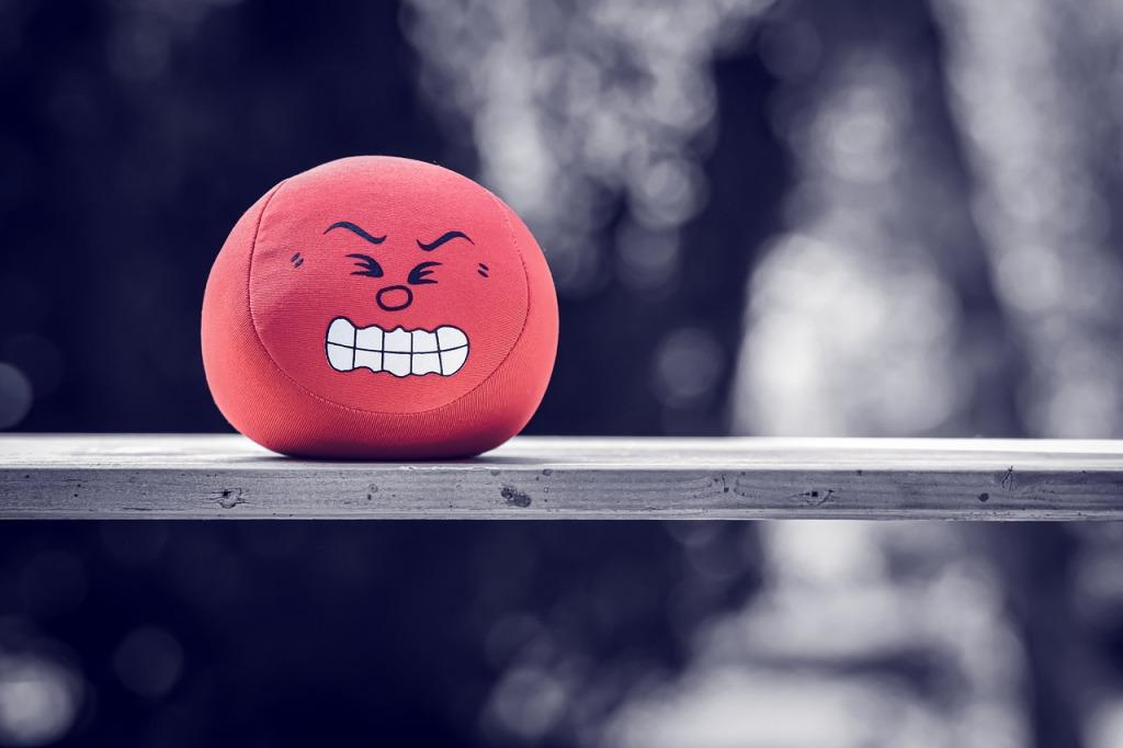 una palla di microfibra che raffigura una persona stressata