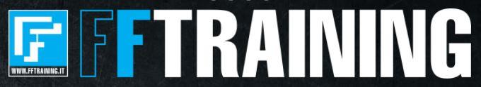 scritta a colori bianco, blu e nero su sfondo nero con logo