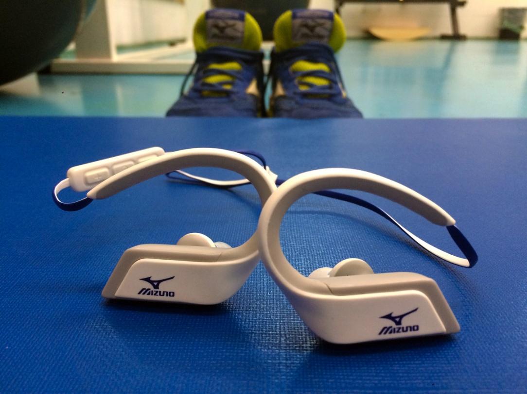 cuffie auricolari senza fili per lo sport